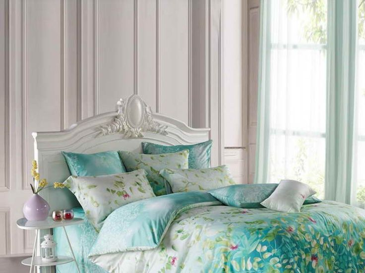 115 Best Images About Tiffany Blue Home Decor On Pinterest Turquoise Tiffany Blue Walls And Floor Lamps