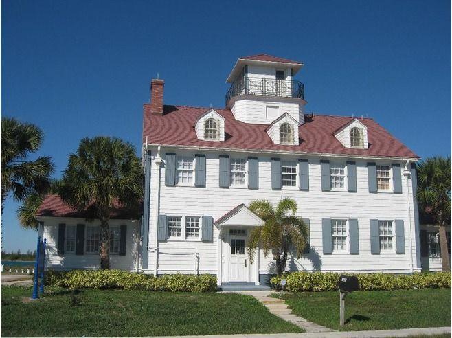 Old Coast Guard Station Fort Pierce FL