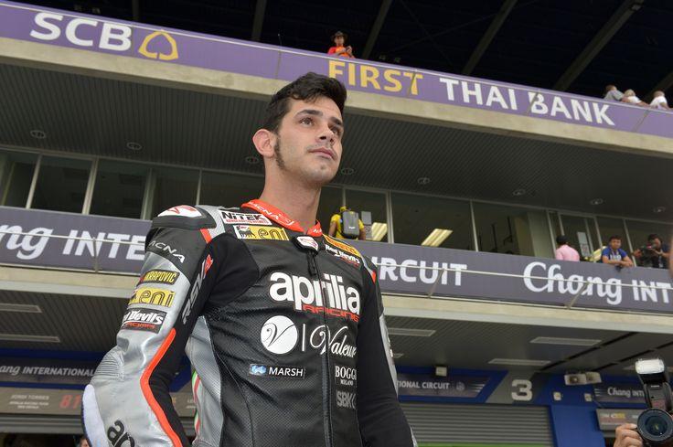 WSBK 2015: Aprilia Racing Team at Buriram circuit. #aprilia #bearacer #ThaiWorldSBK