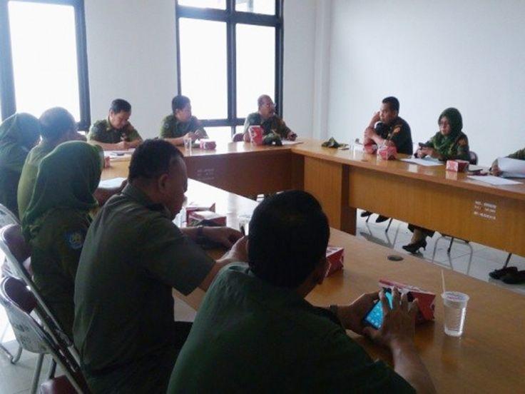 Pengarahan Sekretaris Kecamatan Ciracas dalam rangka penyampaian SPPT PBB P2