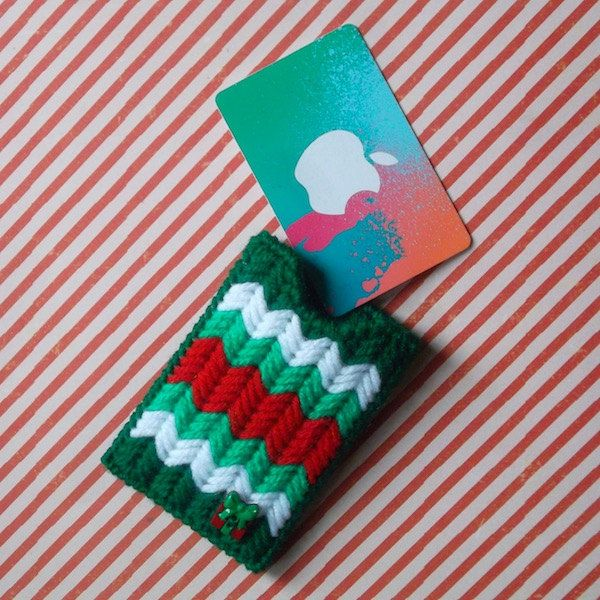 "Plastic Canvas: ""Sweater"" Gift Card Holder by ReadySetSewbyEvie on Etsy"