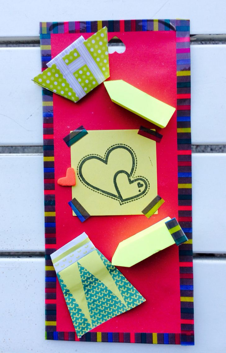 Post it origami con cuore e vestitini