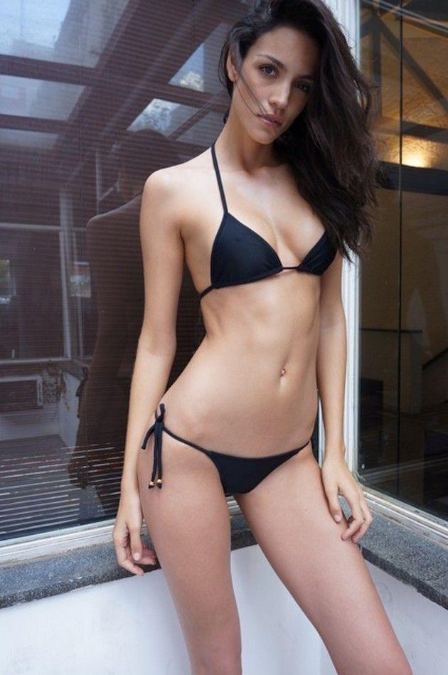 hot-brazilian-bikini-babe-saints-row-nude-pics-xxx