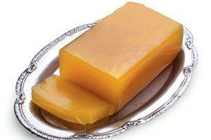 El dulce de batata es uno de los dulces y postres más populares y tradicional argentino, con el cual se puede preparar el famoso 'vigilante'. Te enseñamos a preparar dulce de batata casero.