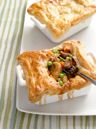 Steak and Mushroom Potpies ~ would like to try these...I've done a chicken version of this that was really good, but steak and mushroom sounds so good!!!