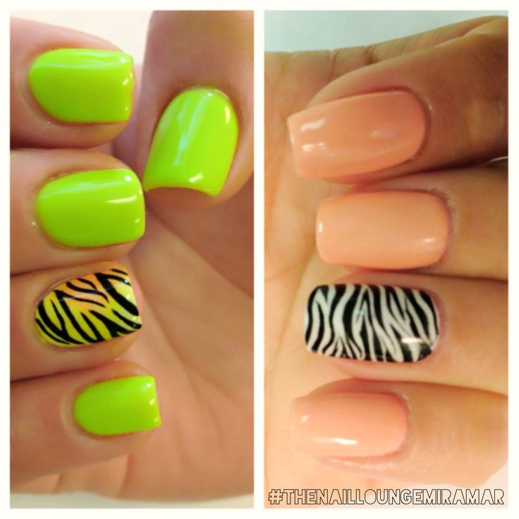Zebra gel nail art