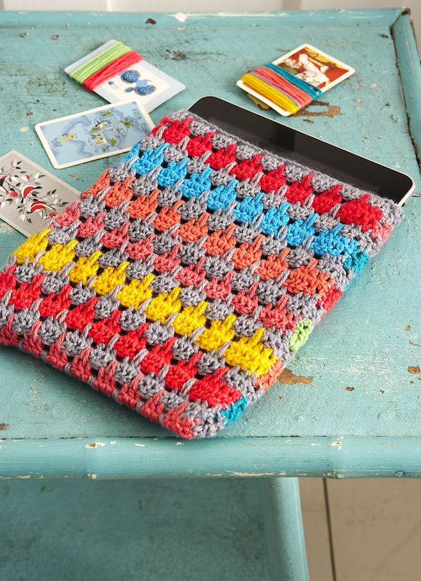 My Larksfoot iPad Cosy : Mollie Makes Crochet