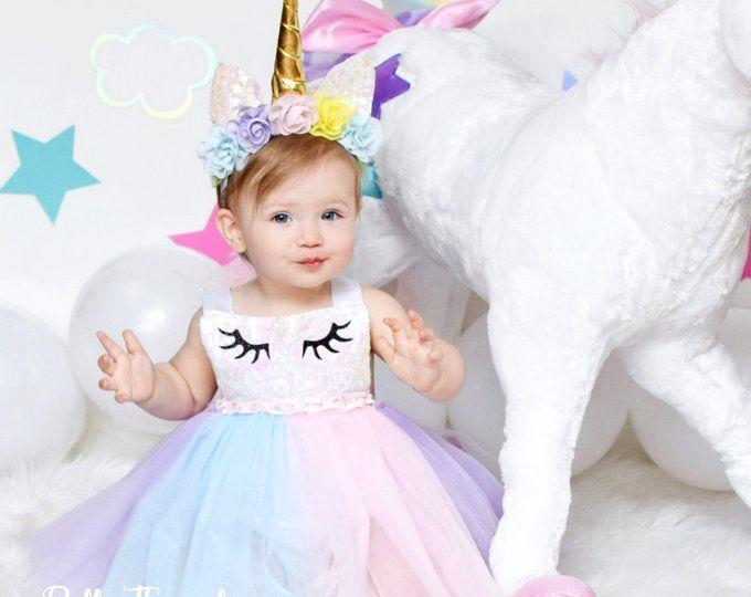 Unicornio Arco Iris Vestido Unicornio Primer Cumpleanos Etsy In 2020 First Birthday Dresses Unicorn Birthday Outfit Unicorn Dress