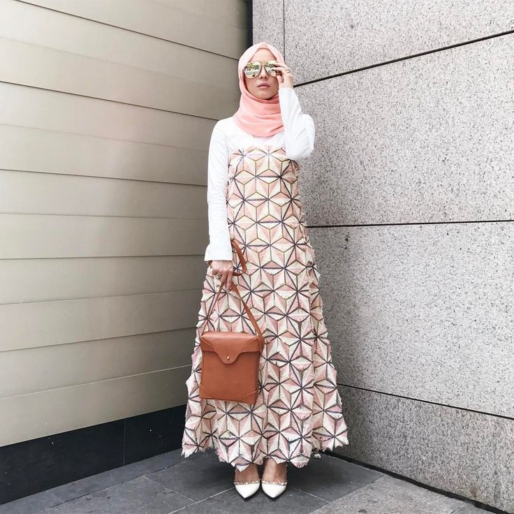 """24.5k Likes, 85 Comments - Vivy Yusof (@vivyyusof) on Instagram: """"Feeling pretty in a pretty tube dress (Wearing Flamingo MSS @theduckgroup, @lovetodress top,…"""""""