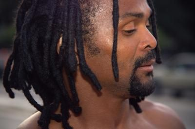 How to Prevent Dandruff When Growing Dreads