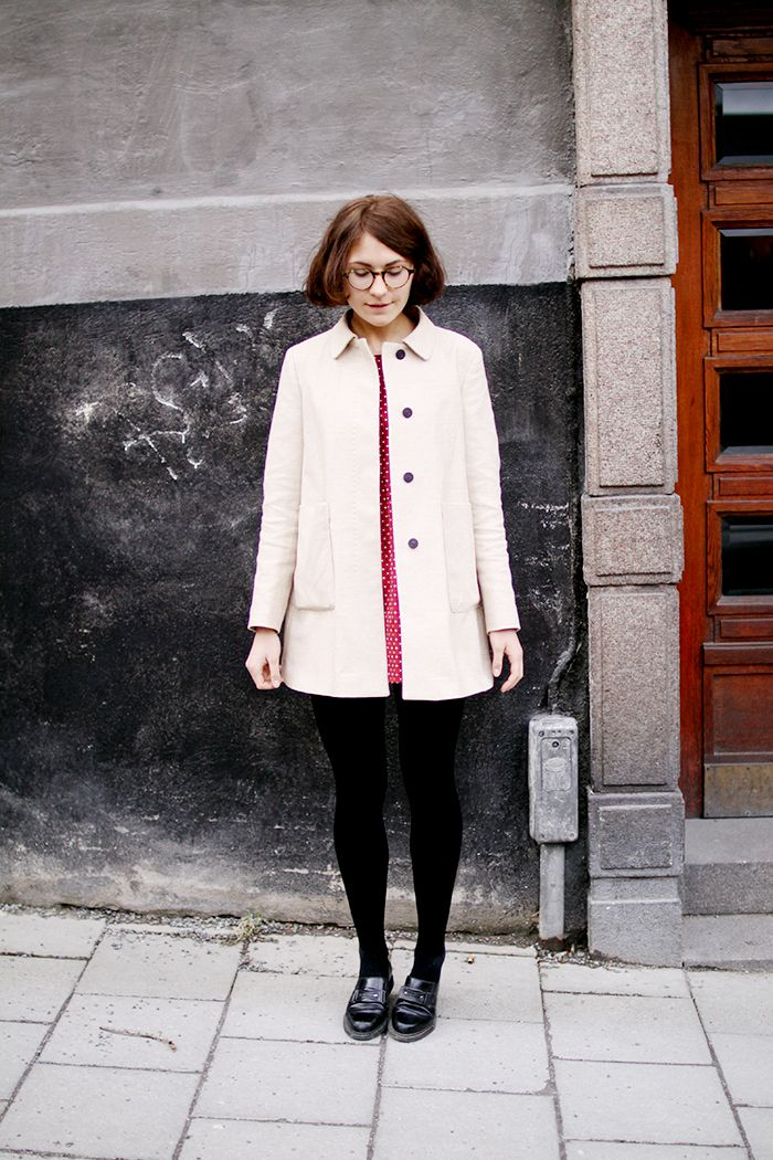 wilderness, short hair, bob, style, fashion, dress, little boots, long coat, glasses, hairstyle