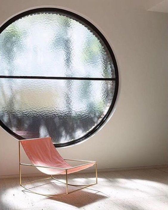 Bring the Fierceness: 7 Fashionable Designer Chairs | Modern Interior Design | Chair Design | #fashionablechairs #modernlivingroom #interiordesigners More at: http://modernchairs.eu/bring-fierceness-fashionable-designer-chairs/