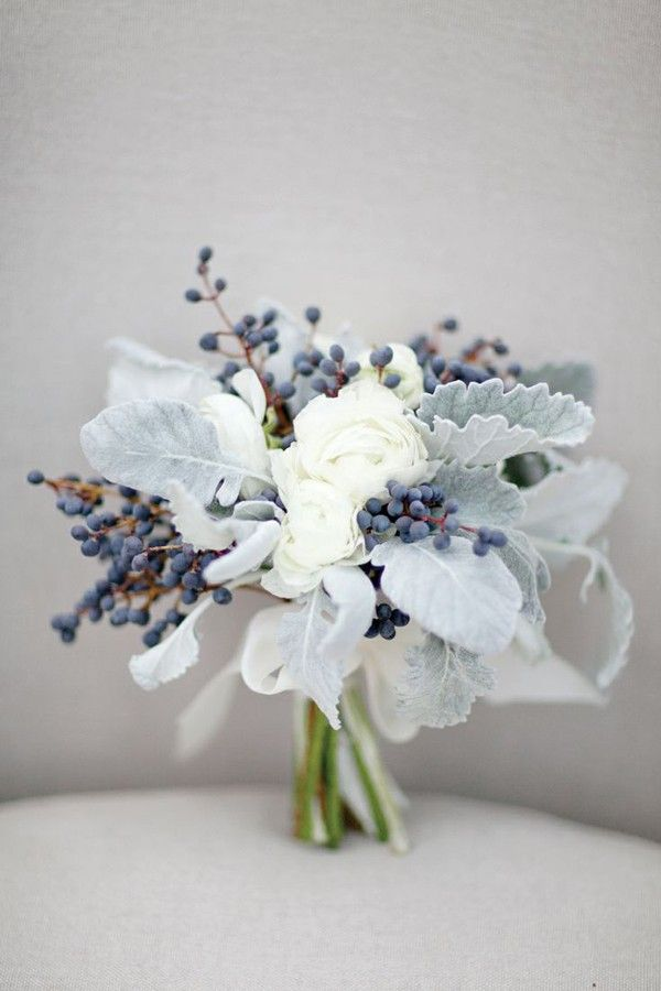 Want a picture perfect bouquet for your city hall or destination wedding? Go smaller. | See more wedding bouquet trends to try here: http://www.mywedding.com/articles/wedding-bouquet-trends-to-try/