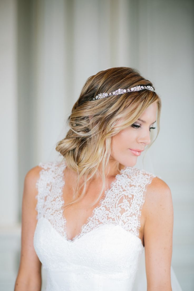 Loose curls with sparkling head band | Photography: Heather Kincaid - heatherkincaid.com  Read More: http://www.stylemepretty.com/california-weddings/2014/05/23/romantic-elegance-at-bel-air-private-estate/
