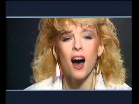 Iveta Bartošová- JÁ SE VRÁTÍM(1994) - YouTube