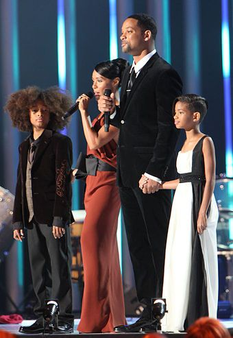 Nobel Peace Prize Concert December 11, 2009, in Oslo, Norway: Smith with wife Jada and children Jaden and Willow