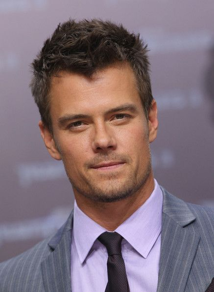 Captain Lennox - Josh Duhamel! Transformers! He's soooo gorgeous, and I love him in these movies.