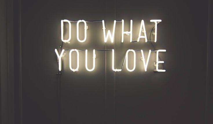 1000 ideen zu leuchtschrift auf pinterest neonzitate. Black Bedroom Furniture Sets. Home Design Ideas