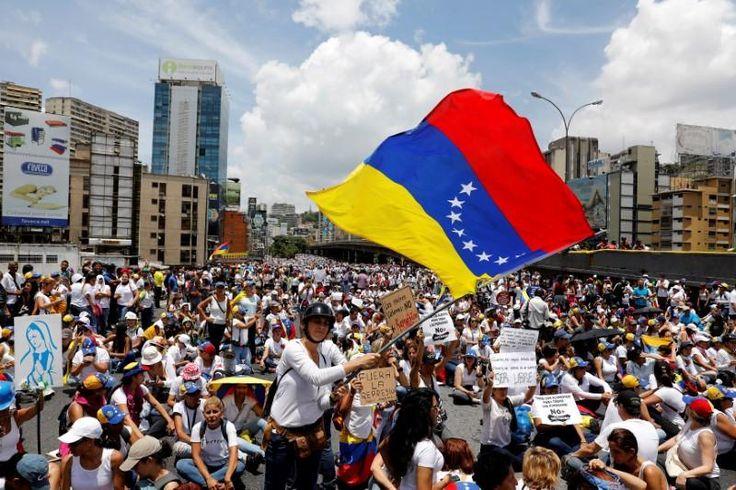 #world #news  Trump advisor meets with key critic of Venezuela's Maduro