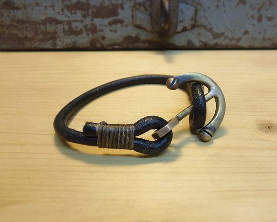 Anchor wrap Bracelet Men's leather bracelet. by VakalisCreations