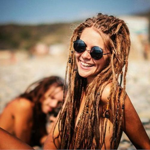 She looks lock lovely! Genuine happy hippie girl! So cute!!