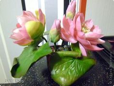 tutorial for PC Lotus.  Good pictures make this do-able. #polymer clay #tutorial
