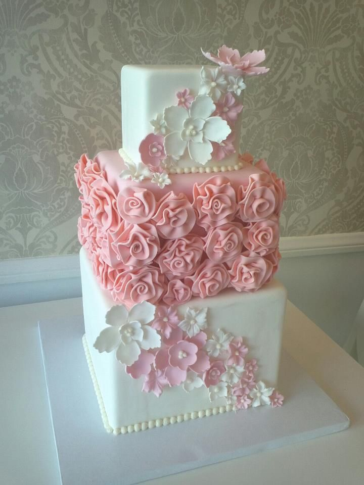 square wedding cake with fondant flowers pink and white wedding cake fondant and gumpaste flowers 20437