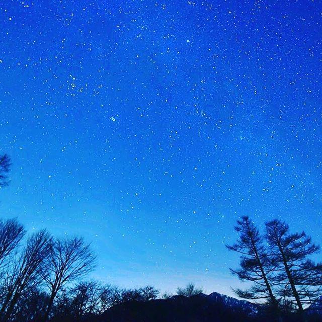 【yakushiman_teruya】さんのInstagramをピンしています。 《栃木の寒空。 #D750 #カメラ好きな人と繋がりたい #tokyocameraclub  #写真好きな人と繋がりたい  #森 #山 #屋久島ガイド #カメラ #nikon #Japan #igers #igersjp #photo #team_jp #team_jp_西 #自然 #nature #Japannature #Japanview #Instagramjapan #カメラ男子 #カメラ女子 #ファインダー越しの私の世界 #beautiful #photooftheday #photo_jpn #星空 #戦場ヶ原》