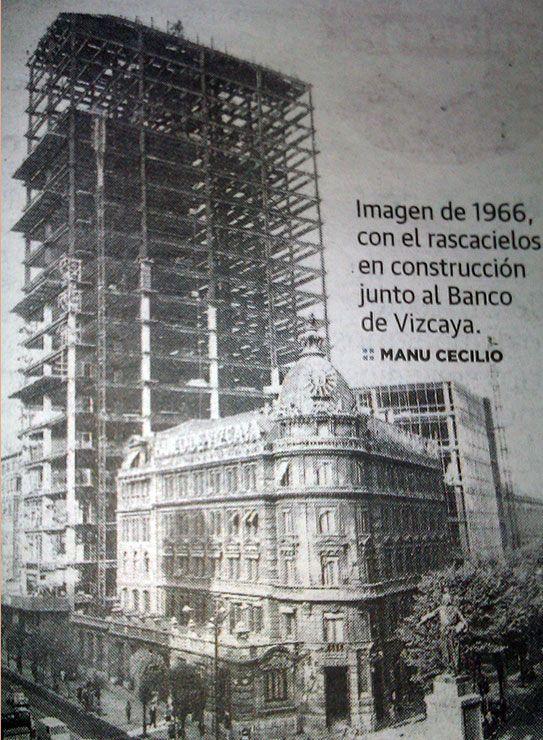 Construction of BBVA bank new building in 1.966. Bilbao, Plaza Circular.