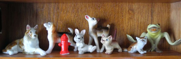 A few Hagen Renaker china figurines and some other odds and ends.