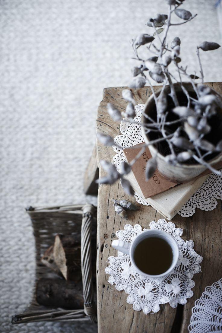 205 best Home styling images on Pinterest | Entrance hall, Vintage ...