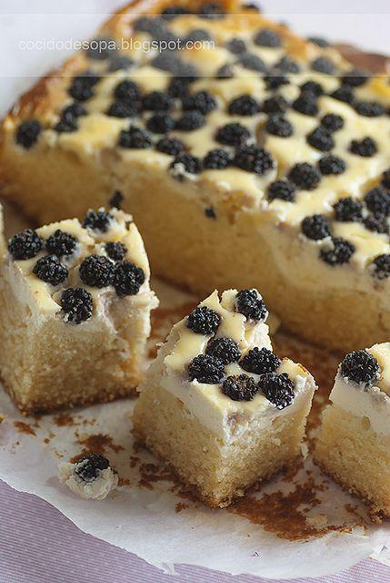 Pastel de moras y cobertura de queso_1