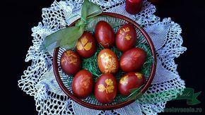 Oua Rosii Vopsite Natural in coji de ceapa cu modele de frunze.Cum vopsim ouale in coji de ceapa cu frunze sau diferite modele in mod natural?