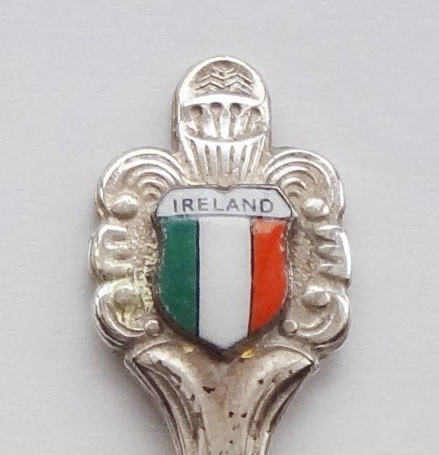 Collector Souvenir Spoon Ireland Republic of Ireland Flag Porcelain Emblem