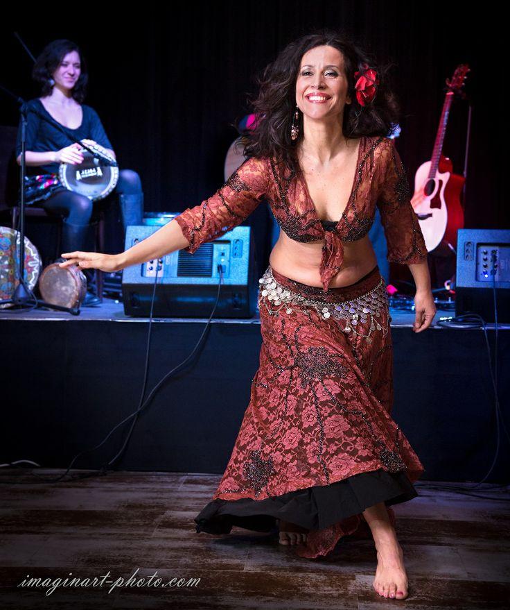 Sabrina Albano  e la musica della #darbuka di Fra Flower