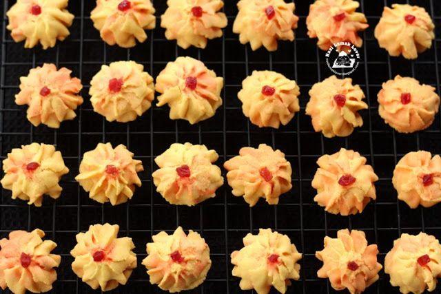 Nasi Lemak Lover: Dahlia cookies (Old fashioned custard butter cookies) 卡士达牛油饼干
