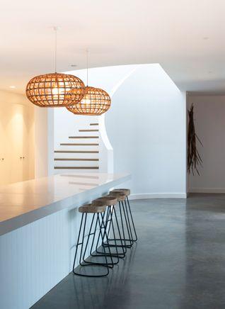 Northern Beaches Residence - Villa + Villa Concrete colour and bench