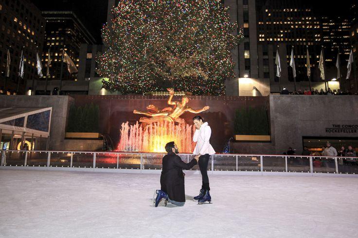 Pünktlich zu Weihnachten hat er ihren Wunsch erfüllt!   NYC Antrag Fotografie von …   – Picture Perfect Proposals
