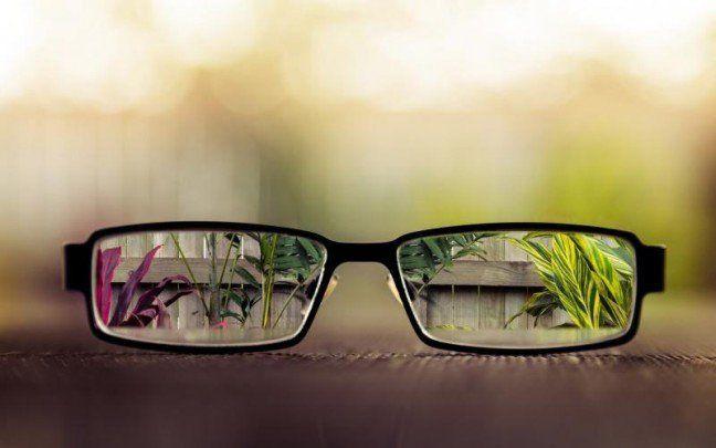 «Глаза – зеркало души»! Именно в эту часть лица мы смотрим, когда знакомимся с человеком, любуемся ими и старается украсить их косметикой, линзами и аксессуарами. Но, глаза – это еще и орган, с помощью которого человеческий мозг получает необходимую информацию