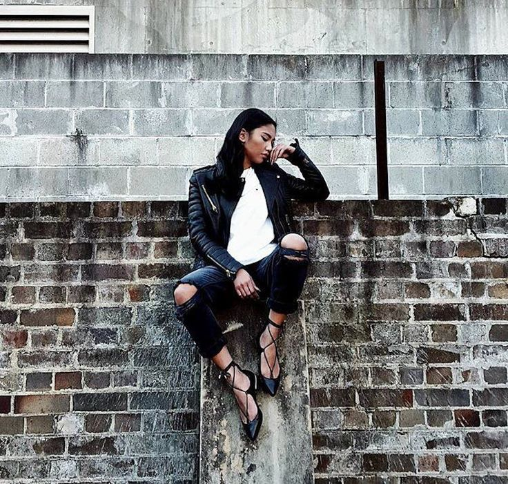 Brand: Freelance Shoes Style: RASP Colours: Black and Nude Model / Blogger: Rachel Tee Tyler