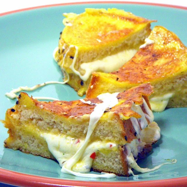 Inspired By eRecipeCards: World's best Italian Grilled Cheese (Mozzarella in Corrozza)  never had a better grilled cheese--so good