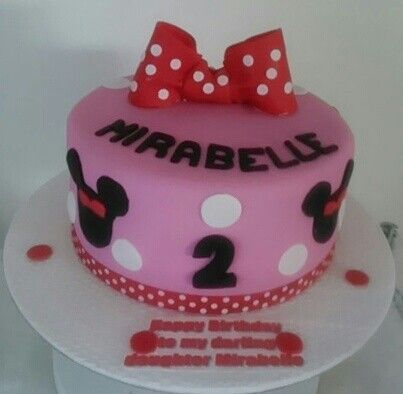 Minnie Mouse cake by Sheila's Cake Creations Essex Uk