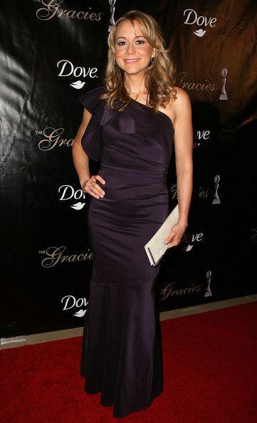 Megyn Price Photos: 36th Annual Gracie Awards Gala - Arrivals