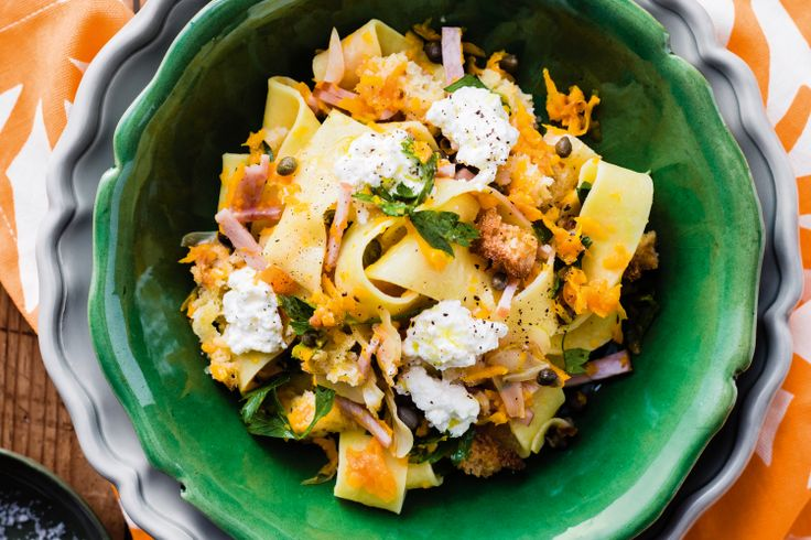 Salty+smoky+bacon+combines+with+sweet+pumpkin+to+make+this+delicious+30+minute+meal.