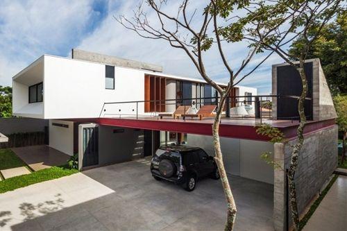 Complex Urban Living Space in São Paulo: Planalto House by Flavio Castro