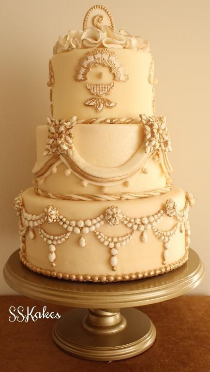 Vintage Jewels Cake - made using the techniques learned in the online Craftsy class, Jeweled Wedding Cake