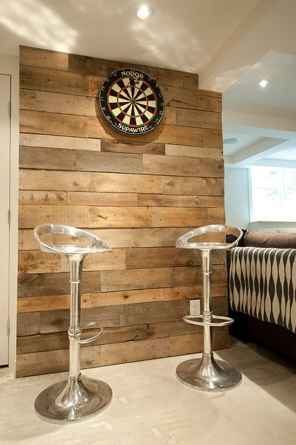 Pallet Wood Wall, but behind bed.