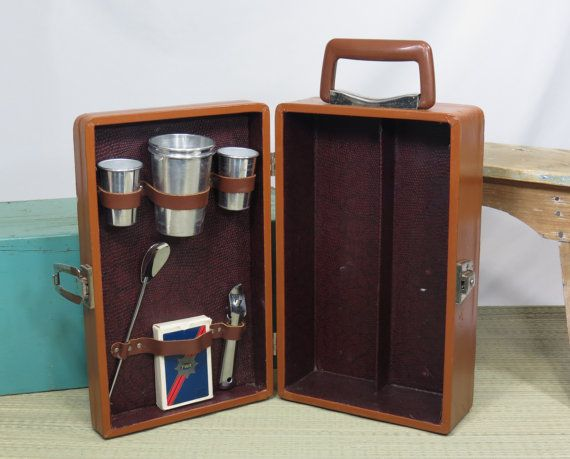 Exceptional Portable Travel Bar Liquor Cocktail Case Mid Century Vintage Barware |  Liquor