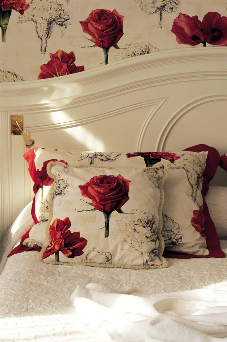***** Red rose room, inside the Hotel Hermitage. http://www.hotelhermitagemontecarlo.com/