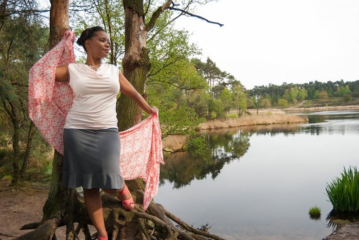 Lovely Bamboo Set: waterfall Top is tend could soft rose, Skirt in grey and 100% bamboo scarf. Summer - here we come!